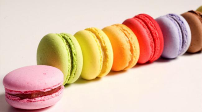 Les Macarons du Facteur Le Louroux-Béconnais Restauration sur commande Vente de Macarons et Pâtisseries
