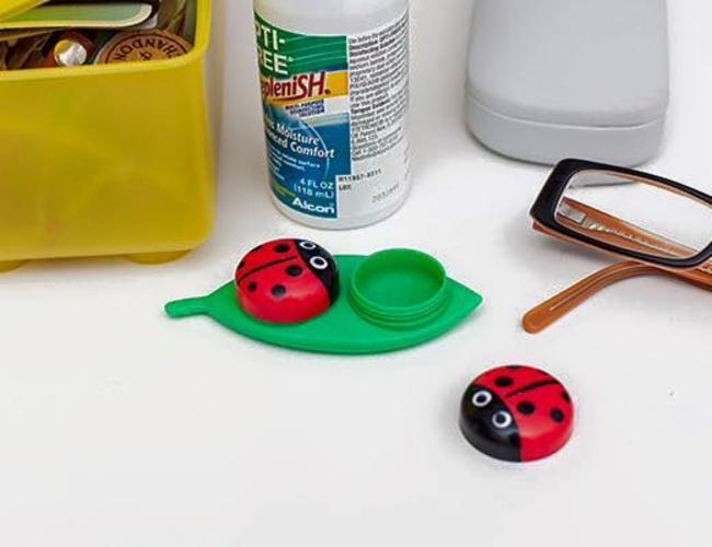 Etui à lentilles Vente d'Objets usuels originaux et colorés - Idées Cadeaux - Déco