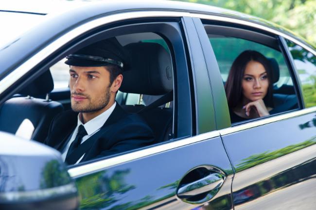 Centrale Chauffeur Privée. Réservation Tél : 06 09 96 93 84 PARIS SERVICE AEROPORT 24H/24 7J/7