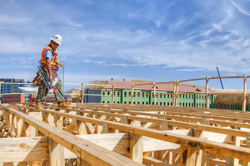 Optimisez vos chantiers ! GIGEAN PANNEAUX ANTIDERAPANT OSB LAMES DE TERRASSE DECKING