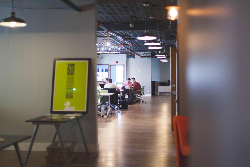 Intervention en entreprise Montpellier Gestion du stress Sophrologue Caycedien Séances de développement personnel en groupe