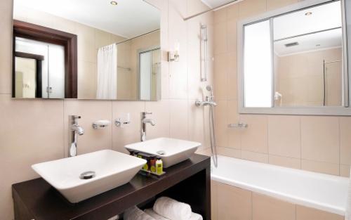 Laurent Podevin BANNALEC Installateur sanitaire Poseur de poêles à bois et ganules Plomberie
