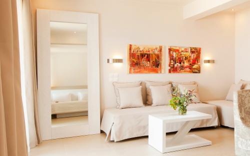 BF PEINTURE ET MULTISERVICES VALLEIRY Peinture et décoration Faïence Installation de cuisine