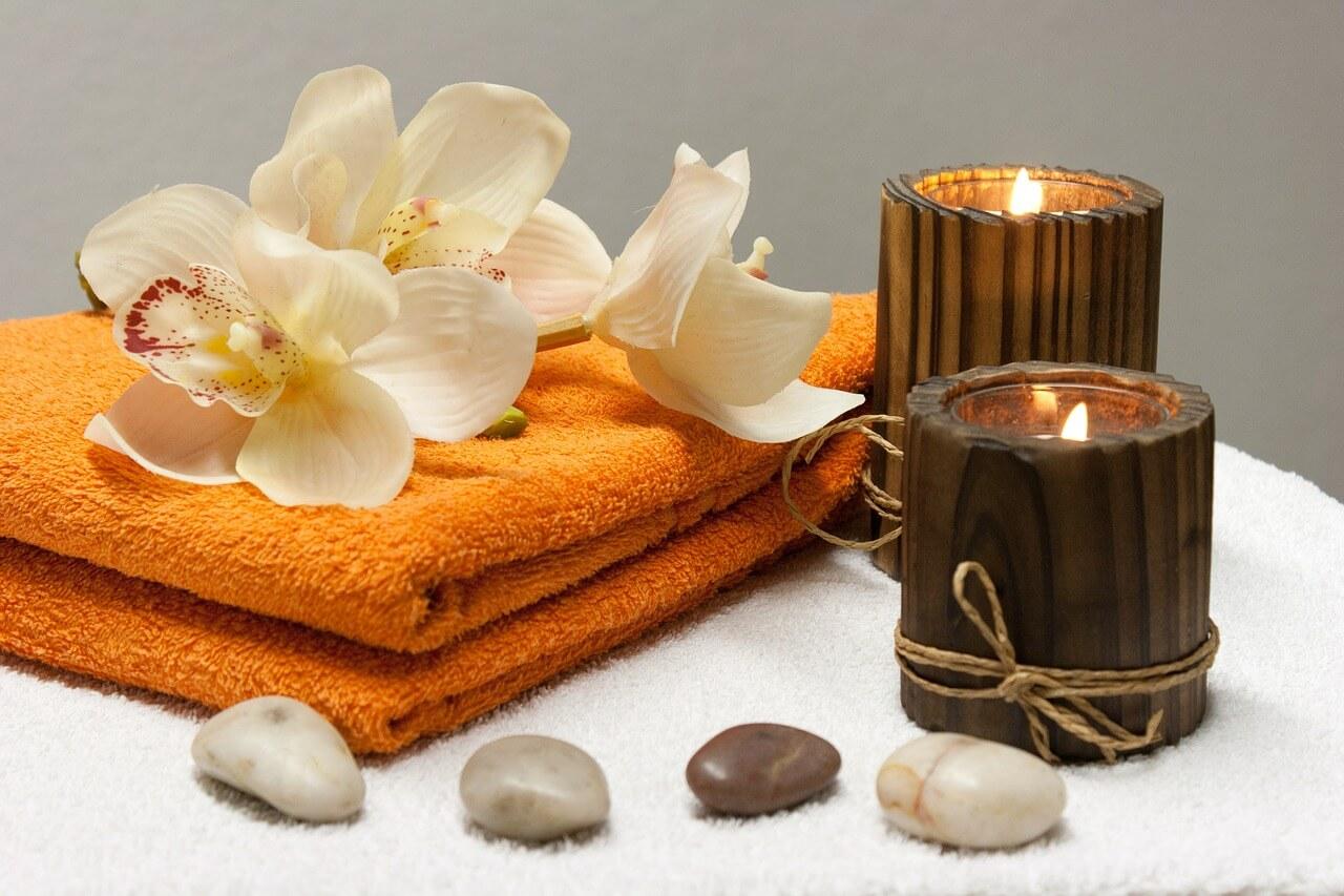 Prendre soin de Soi: modelages, massages, soins psycho-corporels