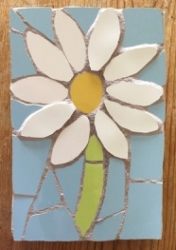 Small mosaic daisy wall hanging