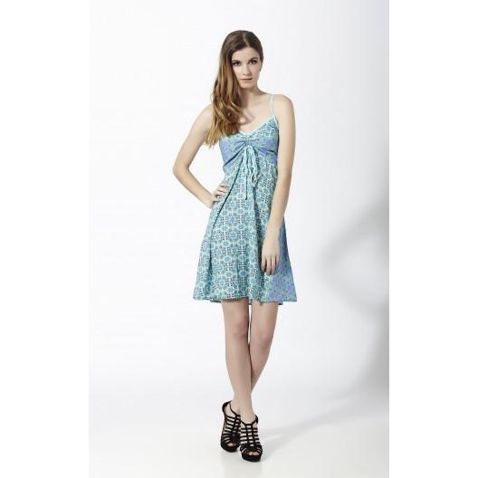 b4793ba75 Vestido Corto de tirantes con fruncido en pecho color azul claro. Modelo   MAK012-AZC
