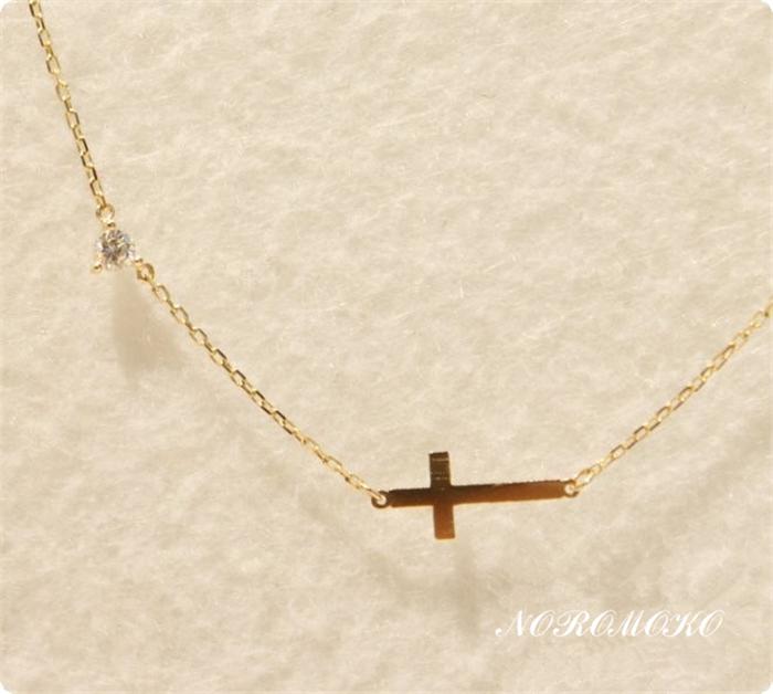 十字架 ネックレス 人気