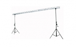 Sistema Truss Showtec Light-Bridge-Set2 + 2 Tripes - 6m - sobe 3m - suporta 30Kg
