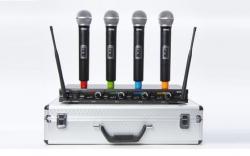 Micro sem fio 4 de mao + Receptor Fame MSW-4 1 MKII Quad Vocal System + Flightcase - UHF