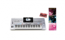 Teclado Yamaha Tyros 5-61 + Entertainer Gold Pack (Extensao de Memoria FL1024M + Expansoes Entertainer e Euro Dance 2016)