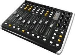 Controlador DAW Behringer X-Touch Extender - 2 USB + MIDI + Ethernet - MAC/PC