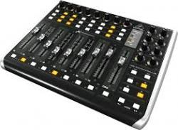 Controlador DAW Behringer X-Touch Extender - 2 USB + MIDI + Ethernet - MAC/PC