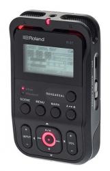 Gravador Portatil Roland R-07 - USB + SD Cards - a bateria/s - preto
