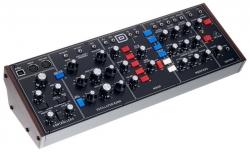 Sintetizador Analogico Behringer Model D - MIDI