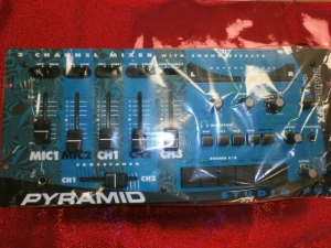 PYRAMID PM4800SFX 3 CHANNEL MIXER WITH SOUND EFFECTS STUDIO PRO