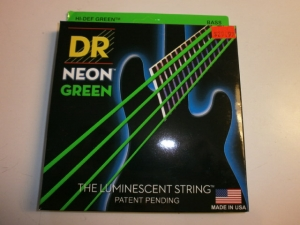 DR COLOR BASS STRINGS 4 string SET  NEON GREEN COLOR Glows w/ UV Light