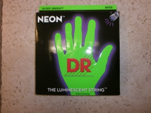 DR 5  NEON GREEN COLOR BASS STRING SET