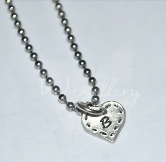 "Personalised Stitched Effect Initial Heart Charm Pendant 20"" *Stainless Steel Ball Chain*"