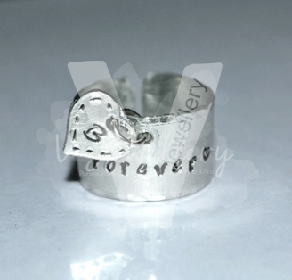 Personalised Initial Heart Charm Band Ring *Stitched Effect*
