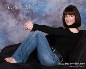Brittany Allyn in Jeans Photo