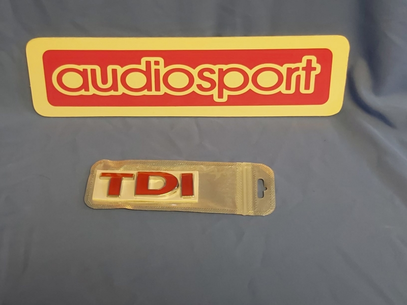 VW 'TDI' grill/boot badge