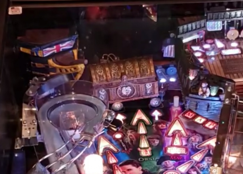 PinballJ's Actuated Chest Mod - Jersey Jack Pinball Pirates of the Caribbean