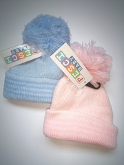Ribbed Hats With a Pom Pom - Knitted 6089