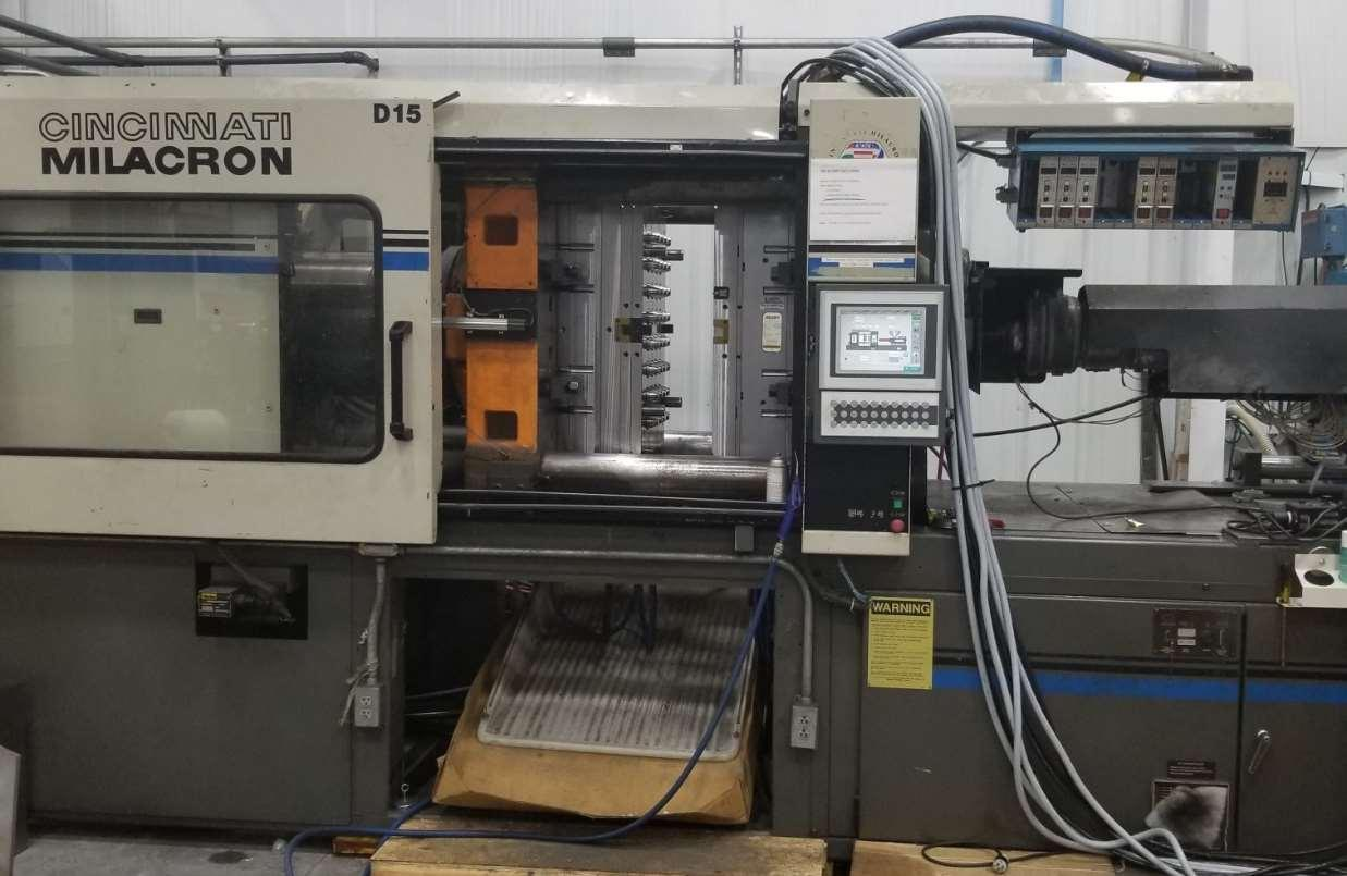 Cincinnati Milacron VH-400 Used Injection Molding Machine, 400 ton, Yr. 1993, 41 oz.