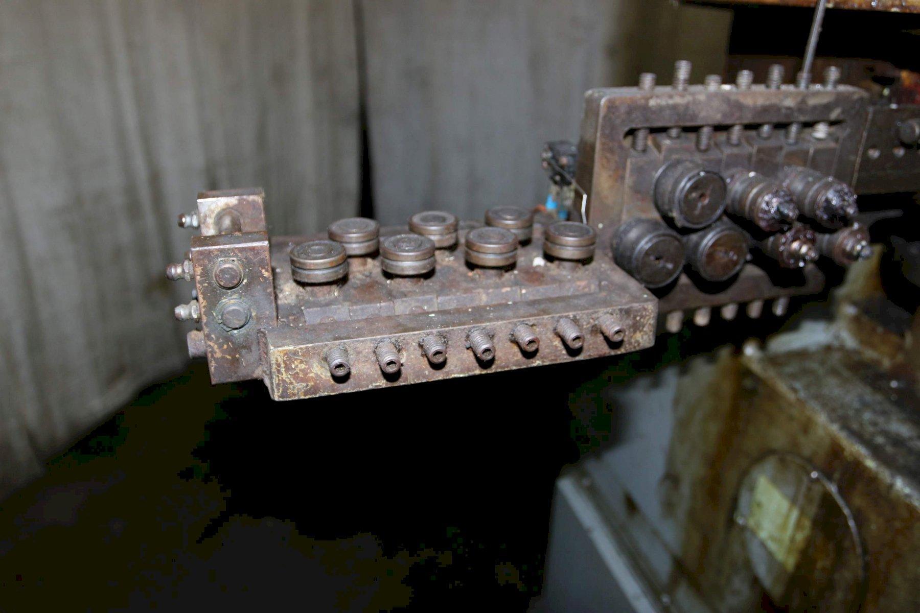 TORRINGTON MODEL V80 VERTI-SLIDE MACHINE: STOCK #69340