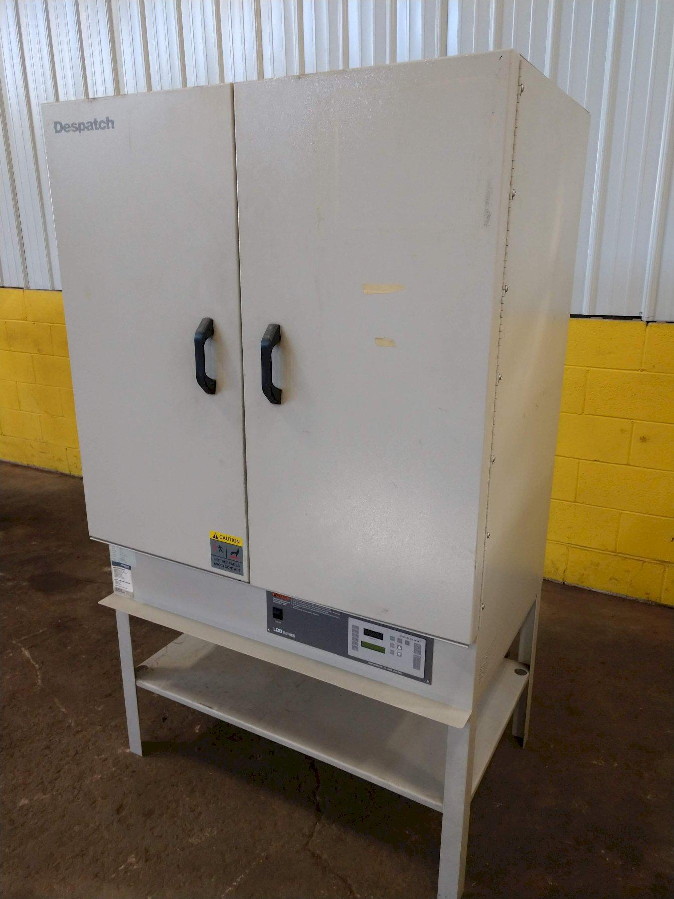 """400 DEGREE X 37"""" W X 24"""" D X 35"""" H DESPACH SERIES LBB2-18-1 ELECTRICAL OVEN: STOCK 13686"""