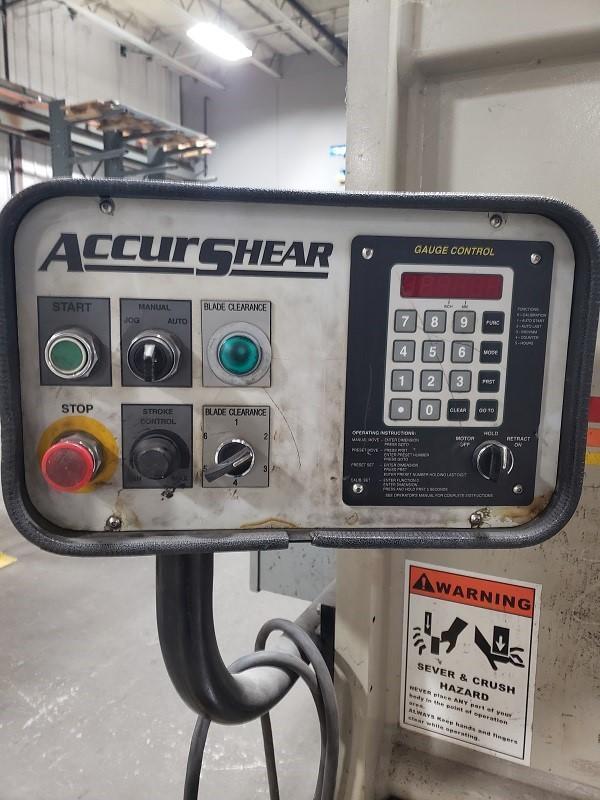"""2011 Accurshear 637512, 12' x 3/8"""" Hydraulic Shear"""