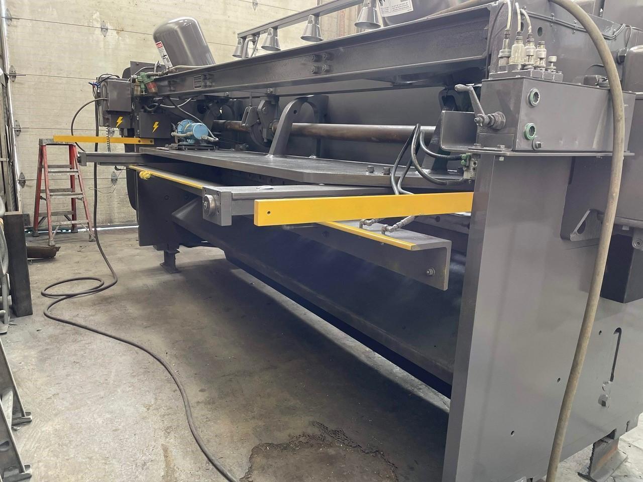 "12' x .250"" Cincinnati Mechanical Squaring Shear"