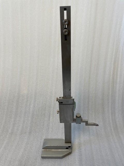 """Single Column 12"""" Manual Height Gage"""