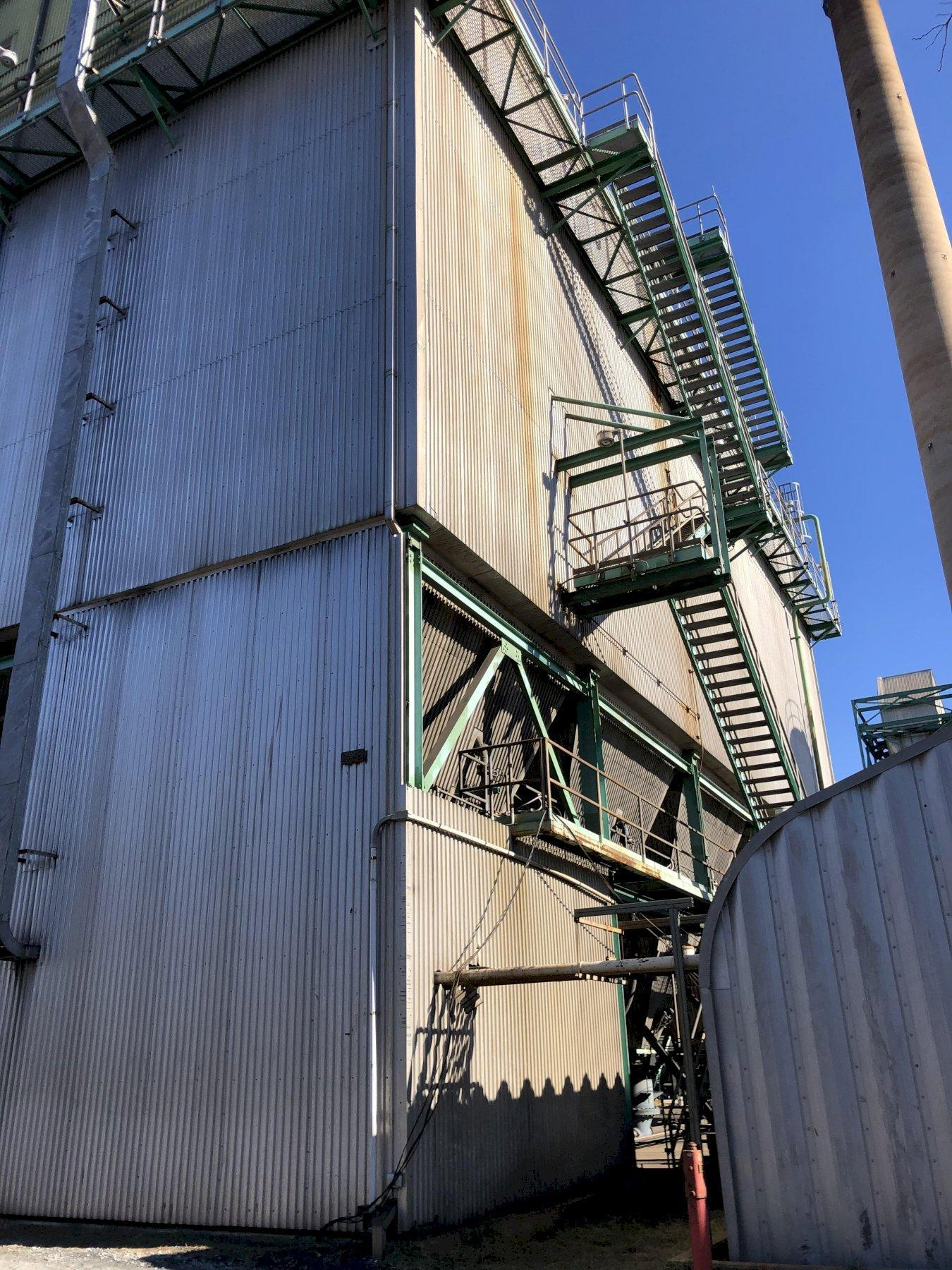 2001 Hamon Research-Cottrell 10 compartment low pressure/high air pulse fabric filter dust collector project # 10639-100, rated at 1,009,200 acfm, 300 degree inlet, each compartment with 824 oblong 21