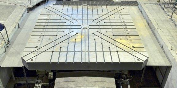 "215"" (5480mm) x 5,480mm CNC Infeeding Rotary Table"