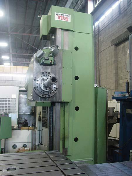 "4"" TOS VARNSDORF PROGRAMMABLE TABLE TYPE HORIZONTAL BORING MILL, Model WHN-105NC, Heidenhain CNC Control, 49"" x 57"" Power Rotary Table, X=70.8"", Y=49.1"", W=49.2"", Z(Quill)=25.5"", 35 HP, 3000 RPM, New 1999."