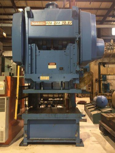 200 Ton NIAGARA S2G-200-72-42 Double Crank Gap Press