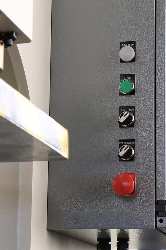 30 TON GREENERD MODEL HCA-30-R8 HYDRAULIC C-FRAME PRESS