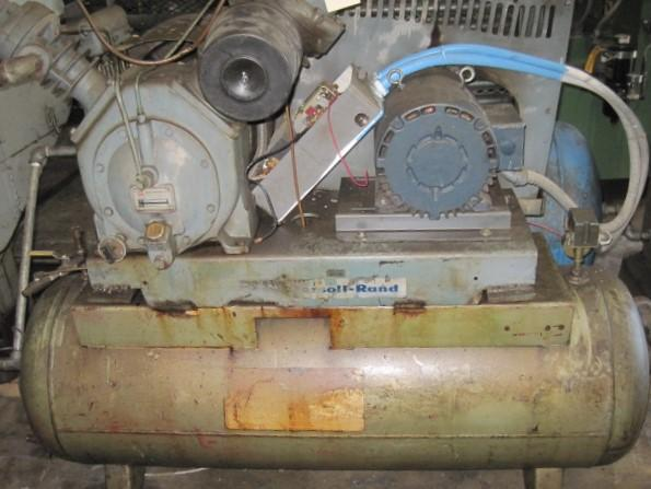 Ingersoll Rand Reciprocating 10 HP Type 30 Tank Mount Air Compressor