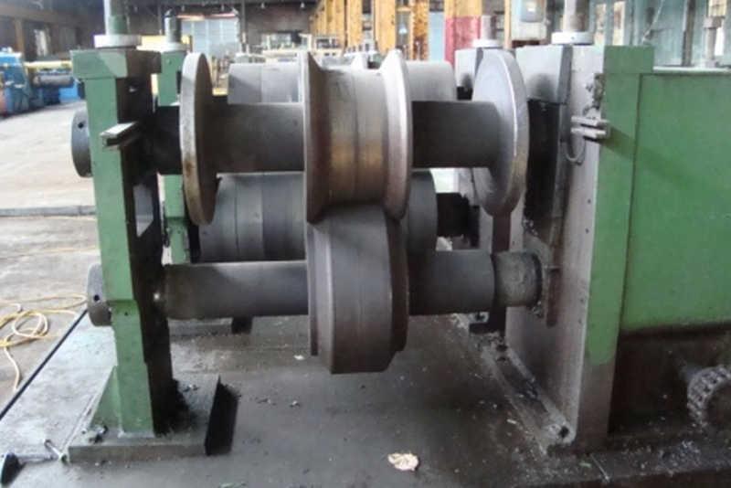 "7 Stand 28.00"" x 3.00"" Dahlstrom Rollformer"