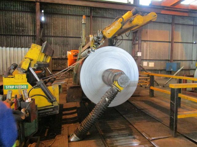 """78"""" (2000mm)  x 6mm x 30 Ton Fimi Loop Slitting Line with 2 Heads Year 1997"""
