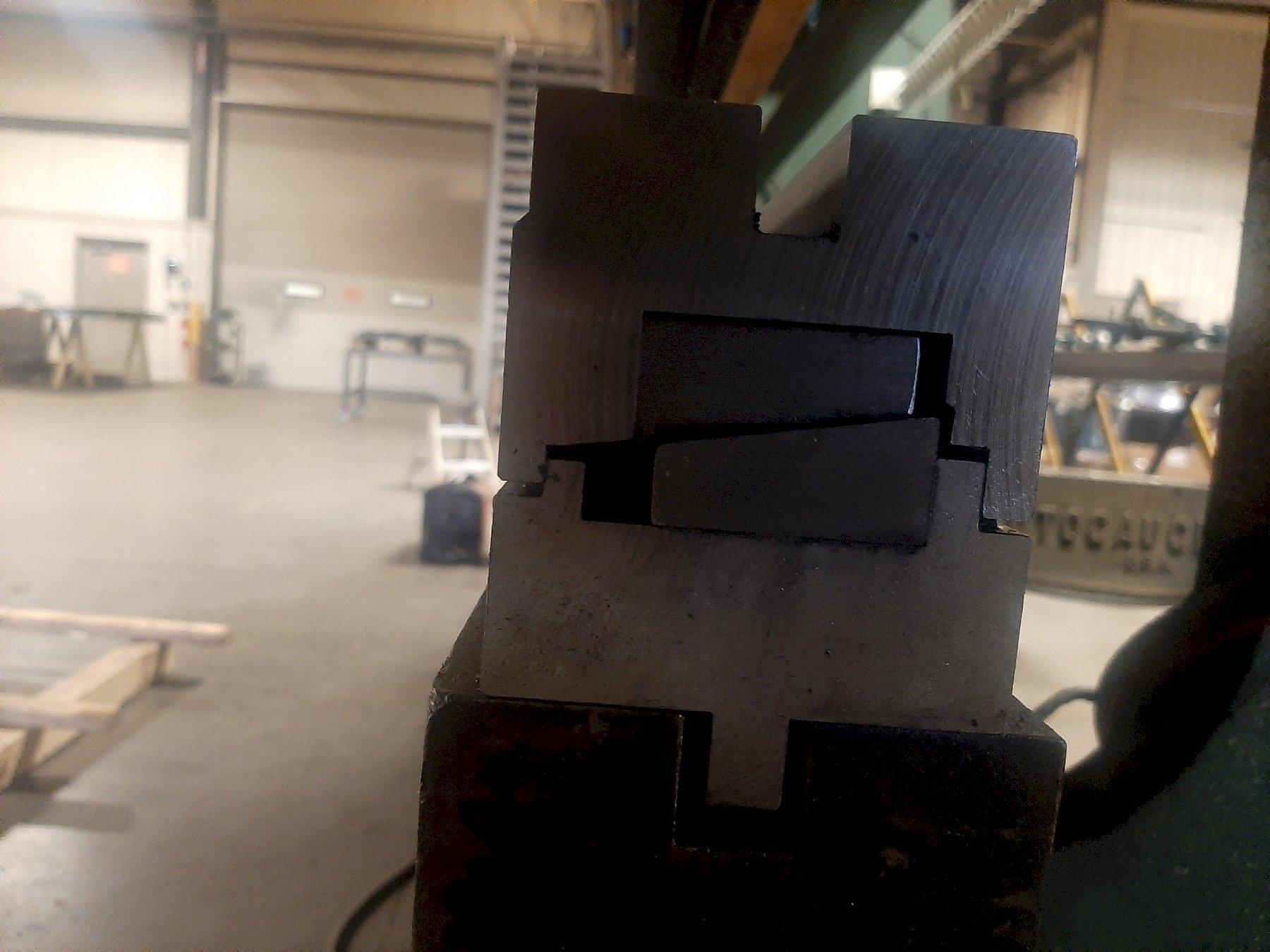120/80 ton x 12' CHICAGO D&K MECHANICAL PRESS BRAKE, MODEL 1012M, AUTOGAUGE CNC GAUGE, 2018 AUTO COMPENSATING DIE HOLDER, ISB LIGHT CURTAINS, JR