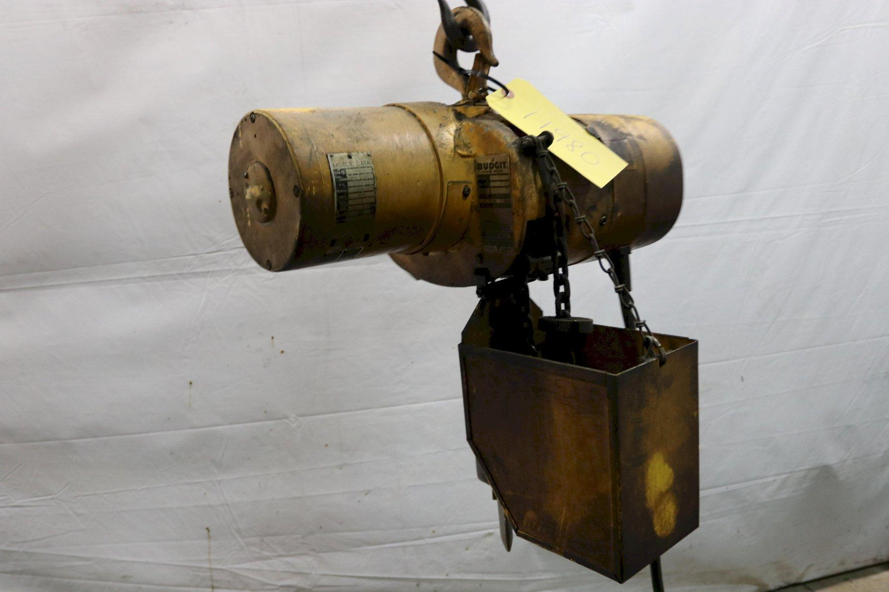 1/4 TON BUDGIT ELECTRIC POWERED CHAIN HOIST: STOCK #11980