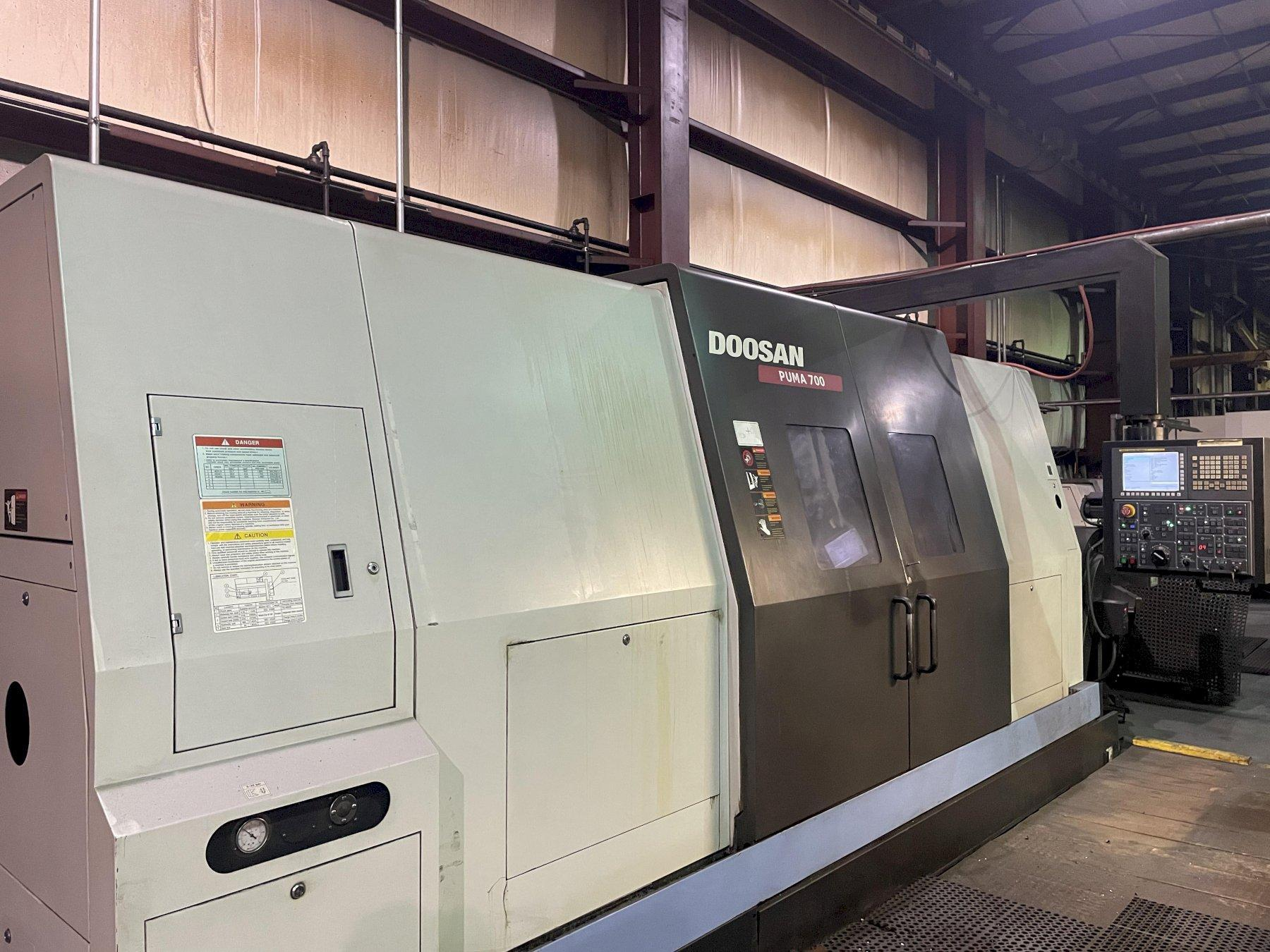 2007 Doosan Puma 700 CNC Lathe - 2 Available