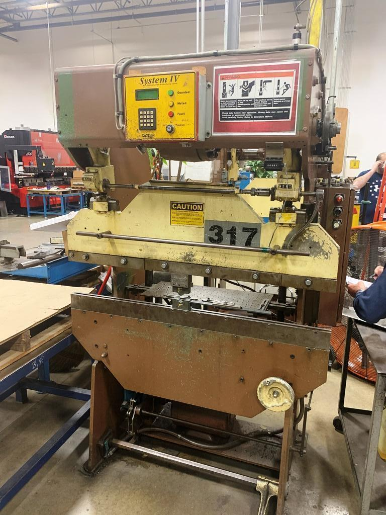 17 TON DIACRO MODEL 14-48-1 HYDRA-POWER PRESS BRAKE