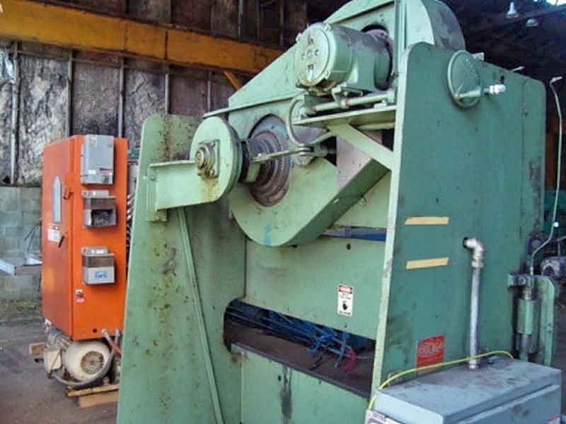 25 Ton D & K Press Brake