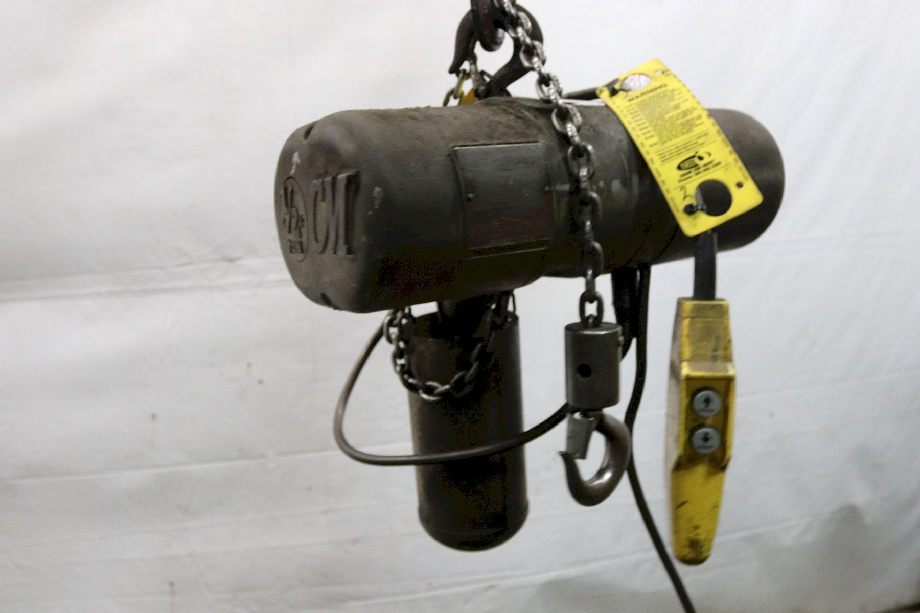 1/2 TON CM LOADSTAR ELECTRIC POWER CHAIN HOIST: STOCK #11965