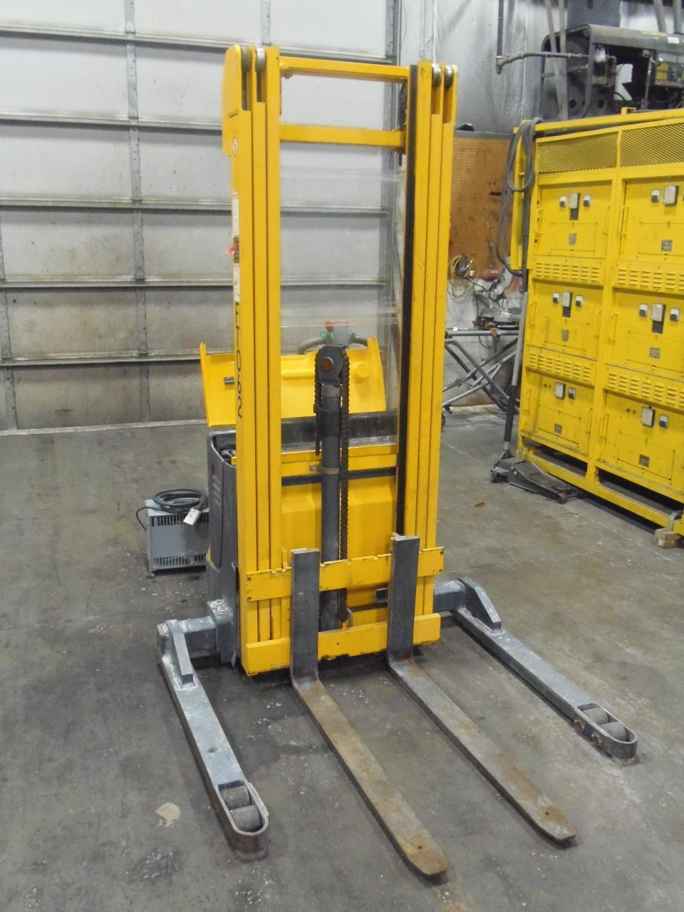 2500 LB. PALLET STACKER FORK LIFT, MULTITON EJB 25-206, 17' LIFT HEIGHT, GOOD BATTERIES, 2001