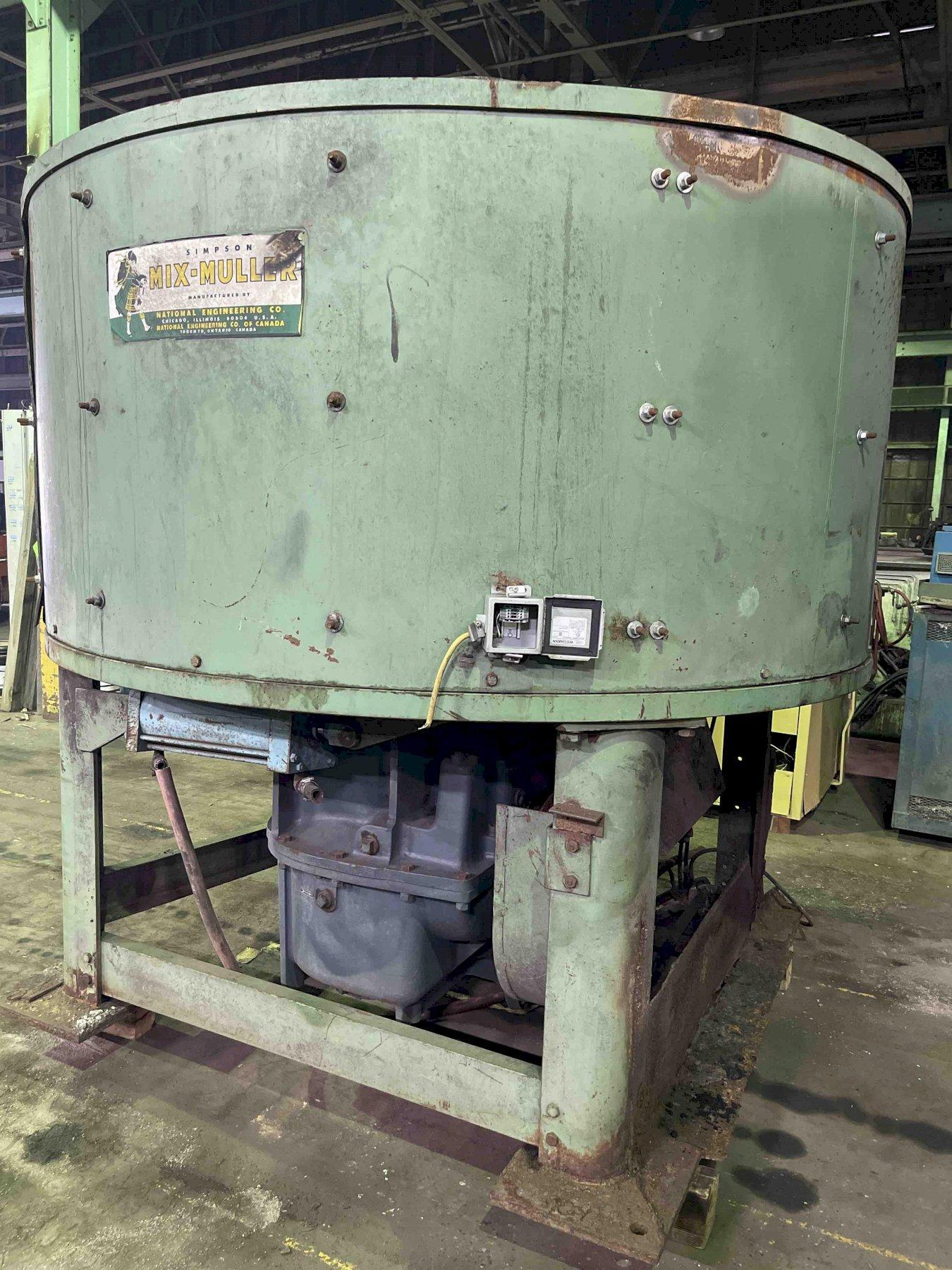 SIMPSON MODEL 2.5G SAND MULLER WITH MOTOR, GEARBOX 9SM2.5F s/n 04-063795, ratio 35.57