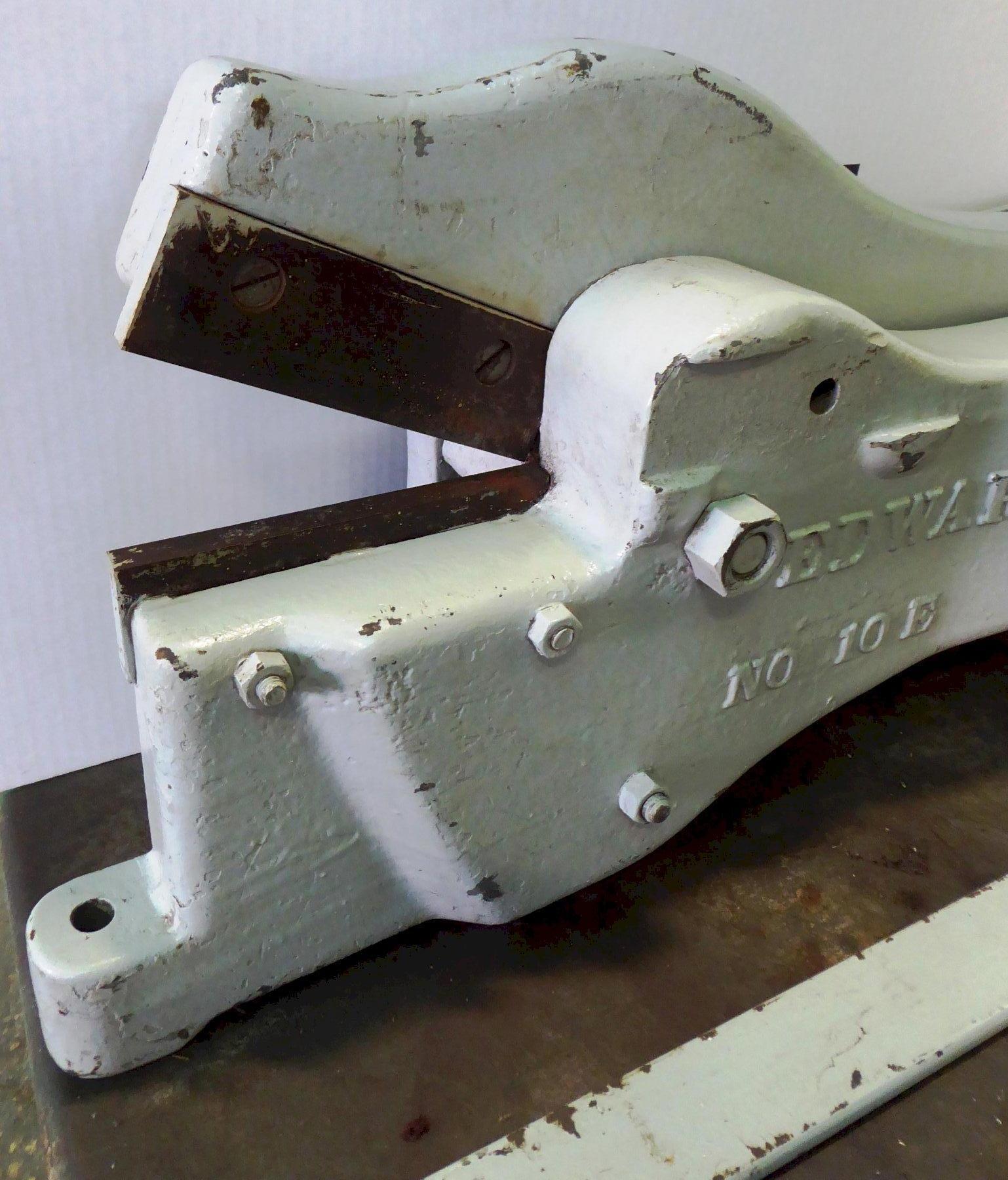 """Edwards Alligator Shear, Bench Top, No. 10E, 7"""" Blades, 1/4"""" Capacity, Manual"""